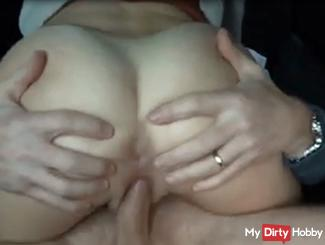 Full horny Fucked while riding