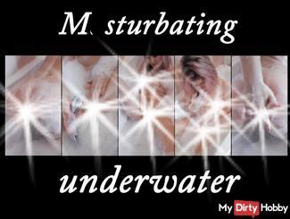 Masturbieren unter Wasser!