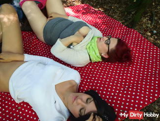 Horny degenerate forest picnic;)