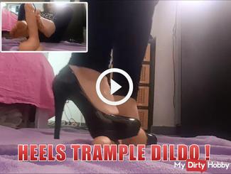 heels Trample Dildo