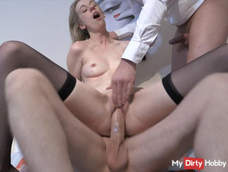 PREMIERE 2 cocks in pussy !!!