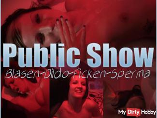 PUBLIC SHOW | bubbles, Dildo, Fuck, Cum