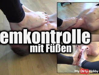 Foot Over Mouth Smothering: Breathcontrol With Mistress's Feet