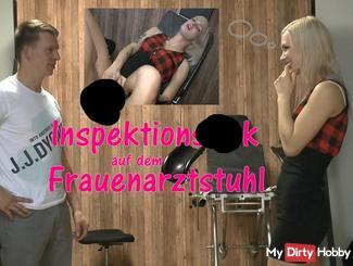 Inspektionsfi** auf dem Frauenarztstuhl