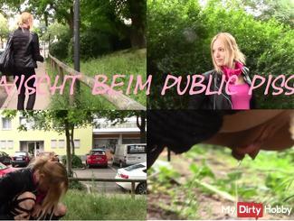 Erwischt beim Public pissen!!!