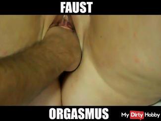 Faust orgasm