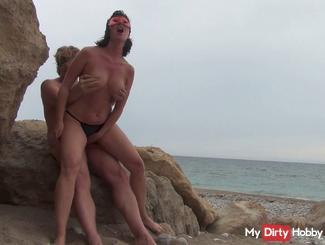 Beach 3 - fuck you bitch & swallowing