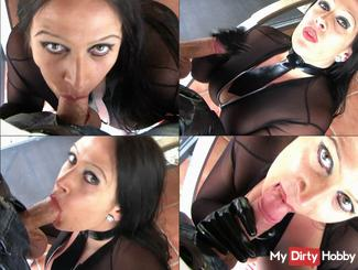SPRAY Nylon bitch in the mouth