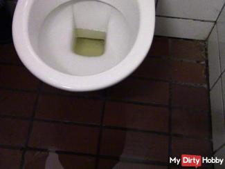 Public toilet eingesaut with Mega Piss