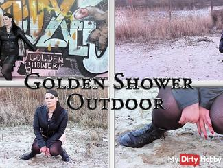 Golden Shower Outdoor