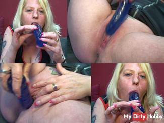 Horny MILF is concerned with the dildo