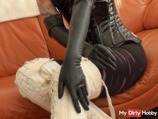 Latex-Handschuhe für Deinen schw**z!