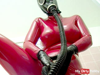Heavy rubber in the shower