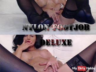 Nylon Footjob DELUXE