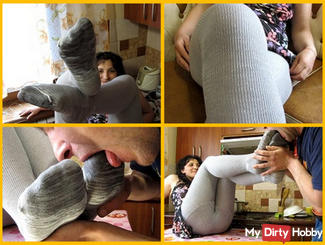 lick feet in tights