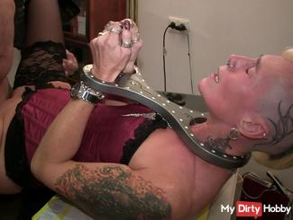 AO my boss put me in u inseminated me :(