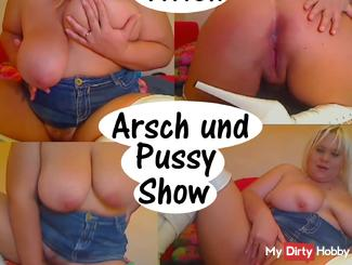 Titten Arsch und Pussy Show
