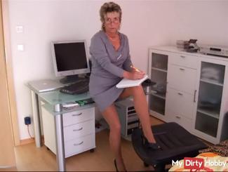 Stripp im Büro