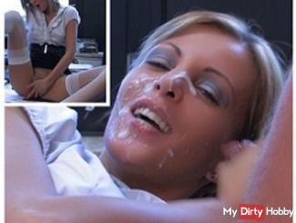 Extreme Gesichtsbesammung! Dirtytalk teacher wants to have your sperm!
