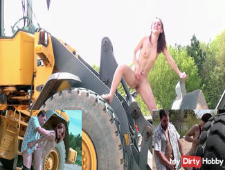 Construction Fuck and peeing from the Excavator