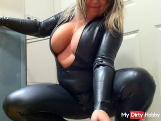 Latex Bombe - Overkill Boobs !  *privat*