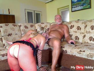 ! Geiler Strip and Blowjob!