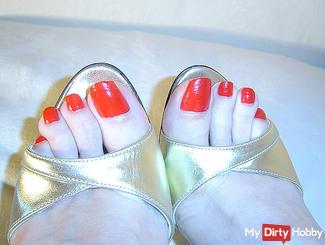 Perverse sandals feet Wichsanweisung