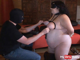 slave nele - spanking her tits