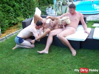 OUTDOOR GANG BANG PARTY PART 2