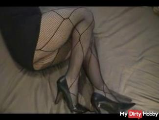 My sexy legs in NETWORK!!