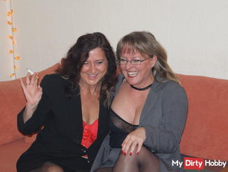 A very normal evening with kinky women