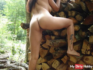 hmm horny in the woods and fucked horny ne can ... ..:-)