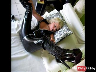 LATEX & BOOTS LATEXSUIT XXX XXX XXX FETISH