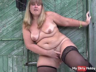 striptease outside on a sunny day