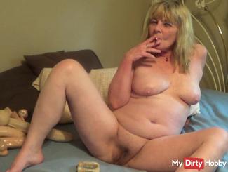 Naked smoking fetish