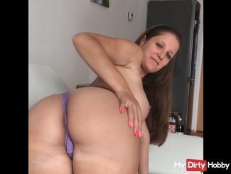 strip Nice girl