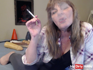 Lounging while you jerk off Smoking fetish