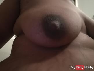 Me sucking my titty