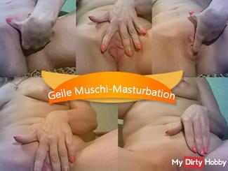 Hot pussy masturbation