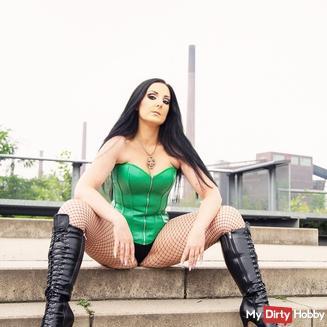 Misstress-Luciana