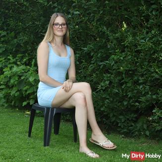 Bella Klein Nackt