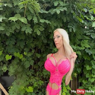Sexxy-Angie