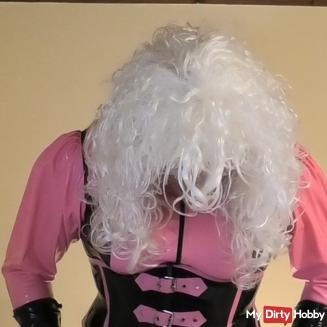 TV-Lady-Dominica