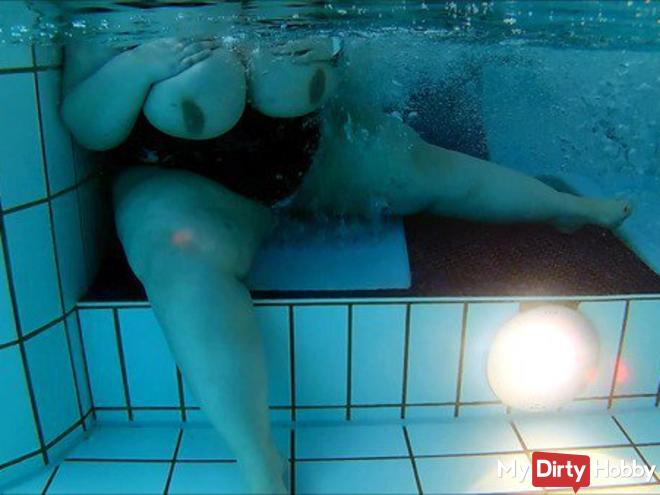 My fat body under water part 02