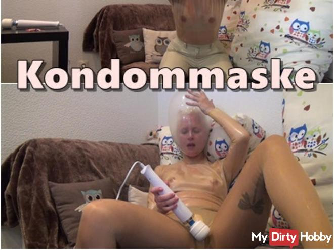 Fetish extreme: Solo sex with latex, nylons and condom mask
