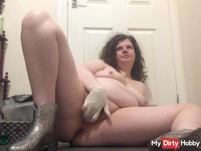 Arikajira Latex Gloves & Wellies Wank Finger Fuck