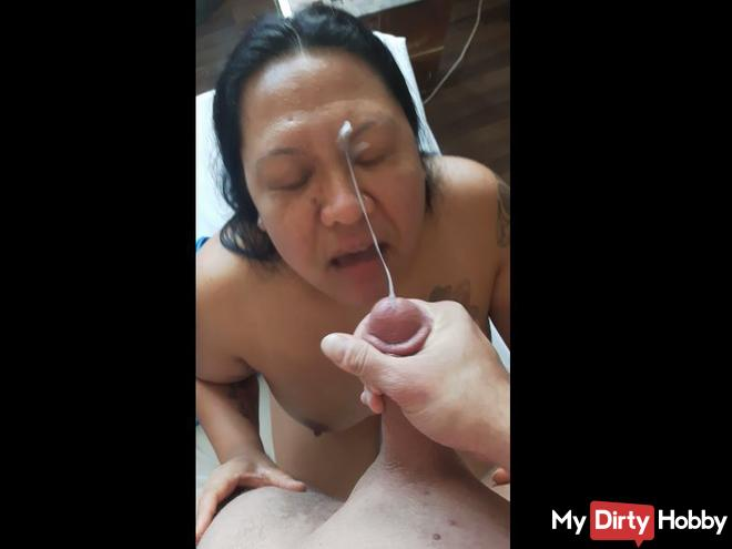 The surprise blowjob Teil2 - Megaabspritzer in the face