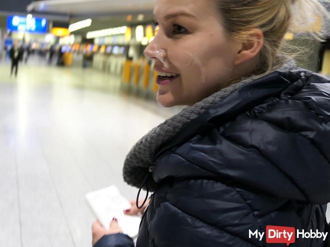 Spermawalk at the airport