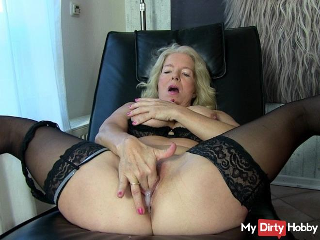 Cockold: Freshly inseminated cunt humiliates you!