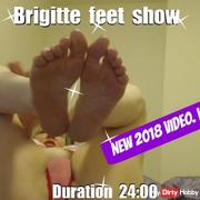 French Brigitte feet show